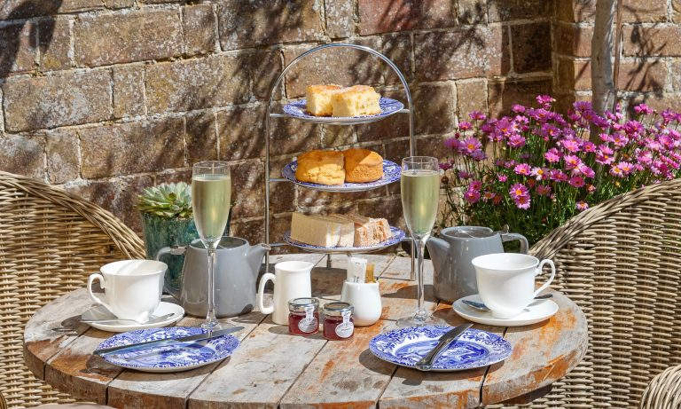 Prosecco Afternoon Tea Stay